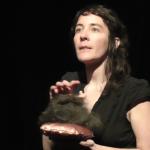 """Estelle BROCHARD - Conférence gesticulée """"Le poil incarné : pilosité et corps des femmes"""""""