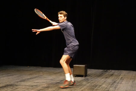 """Valentin SANSONETTI - Conférence gesticulée """"C'était bien le sport mais est-ce qu'on peut aller jouer maintenant ?"""""""